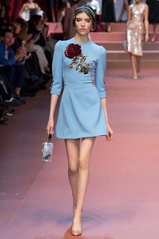 Dolce-Gabbana-autunno-inverno-2015-2016-donna-6