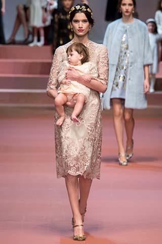 Dolce-Gabbana-autunno-inverno-2015-2016-donna-9