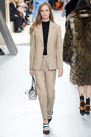 Louis-Vuitton-autunno-inverno-2015-2016-donna-13