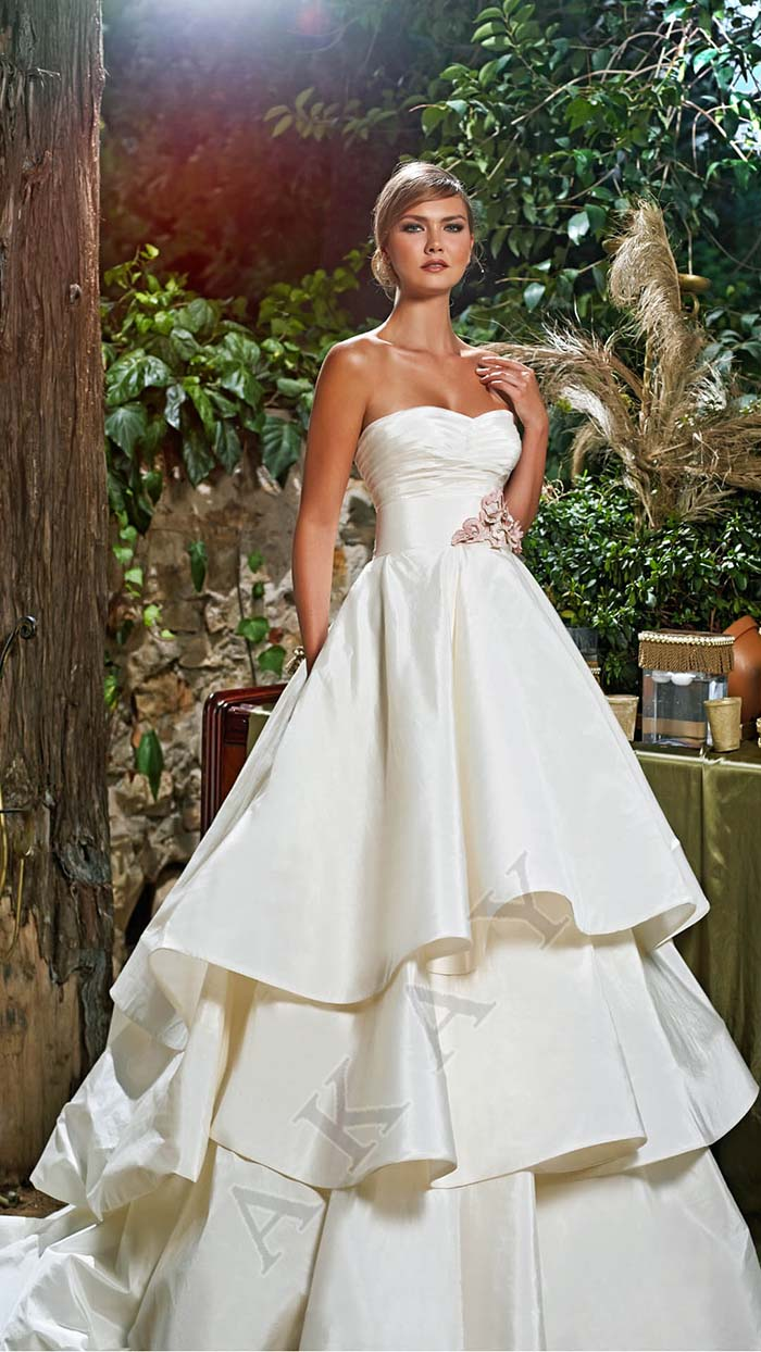 Abiti-sposa-Akay-primavera-estate-2016-look-11