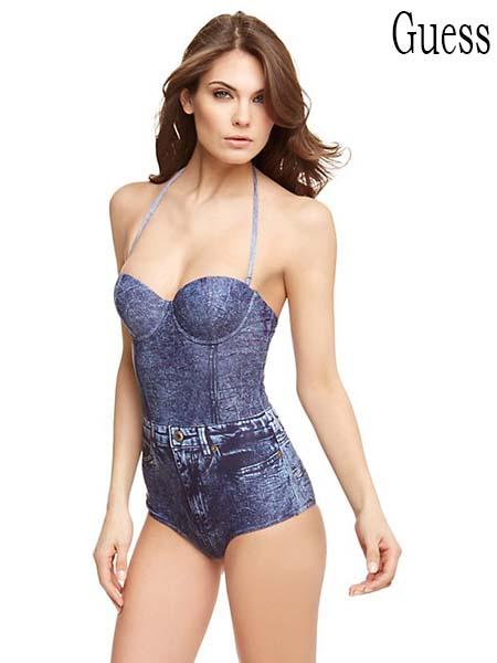 Moda-mare-Guess-primavera-estate-2016-bikini-36