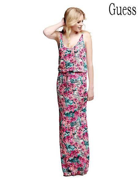 Moda-mare-Guess-primavera-estate-2016-bikini-41