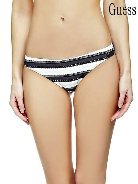 Moda-mare-Guess-primavera-estate-2016-bikini-53