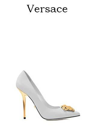Scarpe-Versace-primavera-estate-2016-donna-look-2