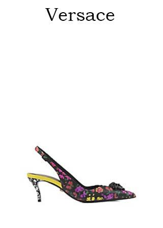 Scarpe-Versace-primavera-estate-2016-donna-look-33