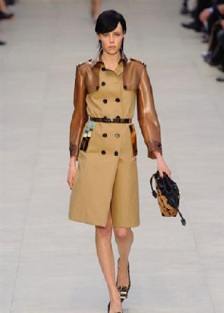 Burberry cappotti donna abbigliamento autunno inverno 2013-2014