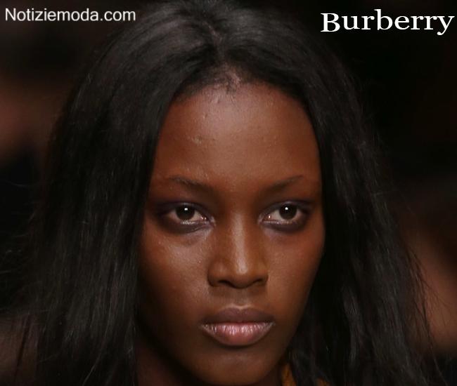Look Burberry autunno inverno moda donna
