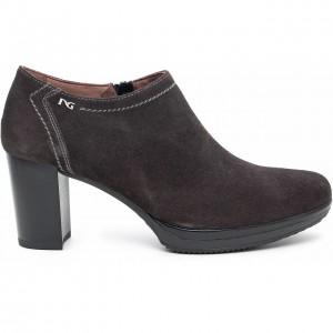 scarpe-con-tacco-nero-giardini-scarpe-autunno-inverno-2015