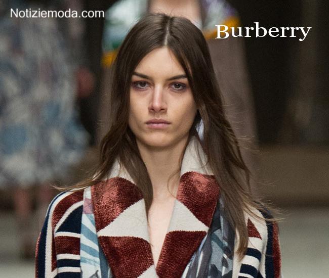 Stile Burberry autunno inverno moda donna