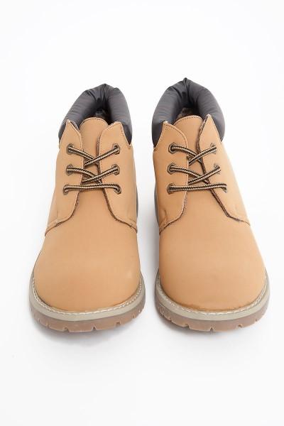 boots-subdued-ragazza-autunno-inverno