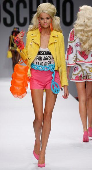 Sfilata Barbie Moschino online primavera estate donna