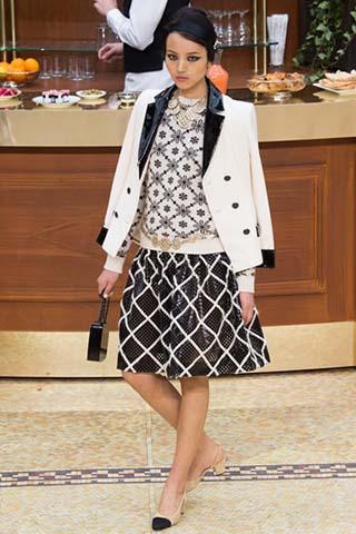 Chanel-autunno-inverno-2015-2016-donna-70