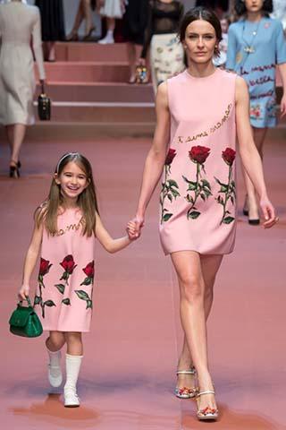 Dolce-Gabbana-autunno-inverno-2015-2016-donna-30