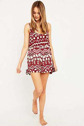 Urban-Outfitters-autunno-inverno-2015-2016-donna-62