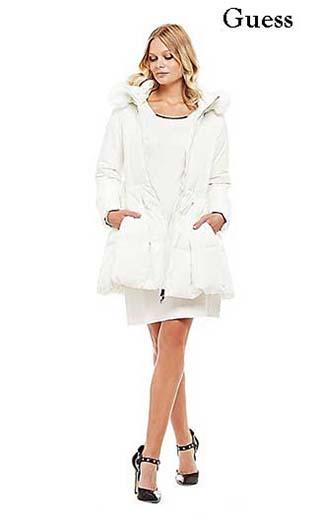 Abbigliamento-Guess-inverno-2016-donna-saldi-38