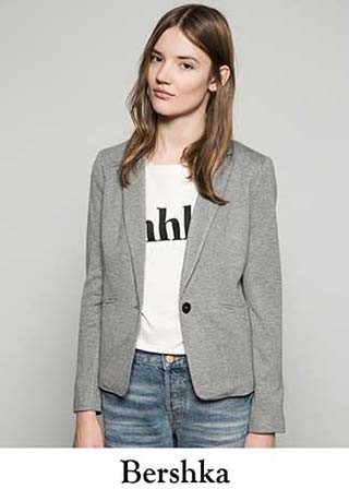 official photos a1d26 745bb Cappotti-Bershka-inverno-2016-giacche-donna-2