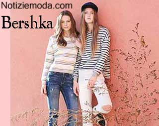 premium selection a8fd5 c48e0 Maglieria Bershka inverno 2016 felpe donna e ragazza
