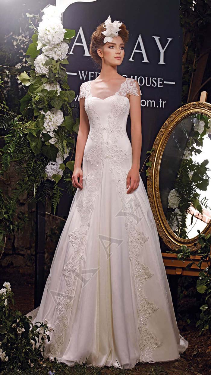 Abiti-sposa-Akay-primavera-estate-2016-look-1