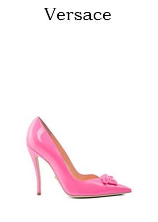Scarpe-Versace-primavera-estate-2016-donna-look-21