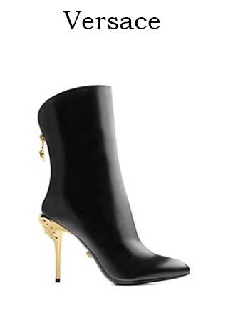 Scarpe-Versace-primavera-estate-2016-donna-look-22