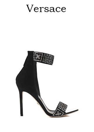 Scarpe-Versace-primavera-estate-2016-donna-look-25