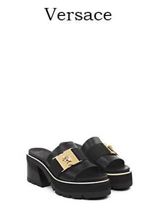 Scarpe-Versace-primavera-estate-2016-donna-look-47