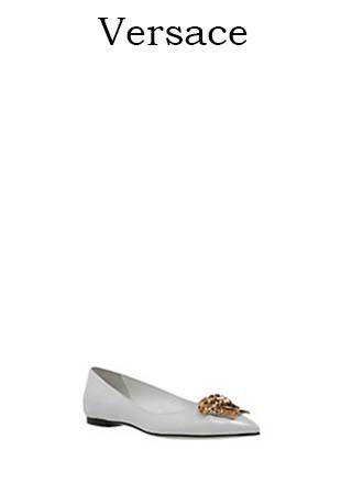 Scarpe-Versace-primavera-estate-2016-donna-look-5