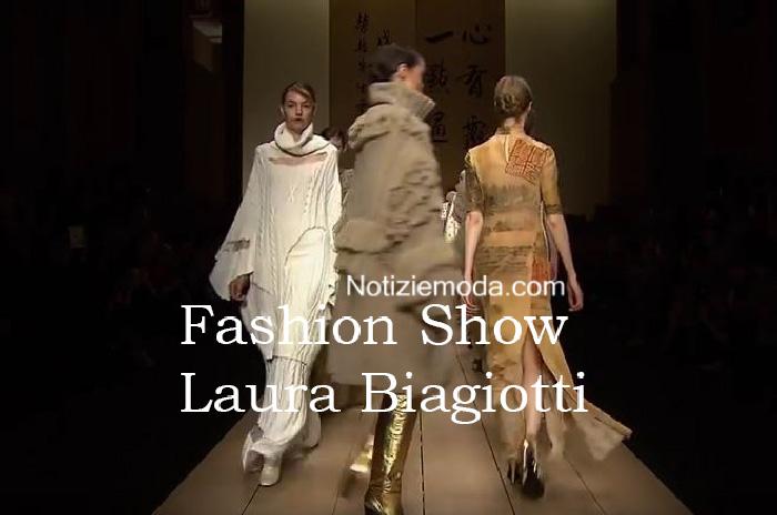 Sfilata Laura Biagiotti autunno inverno 2016 2017 donna