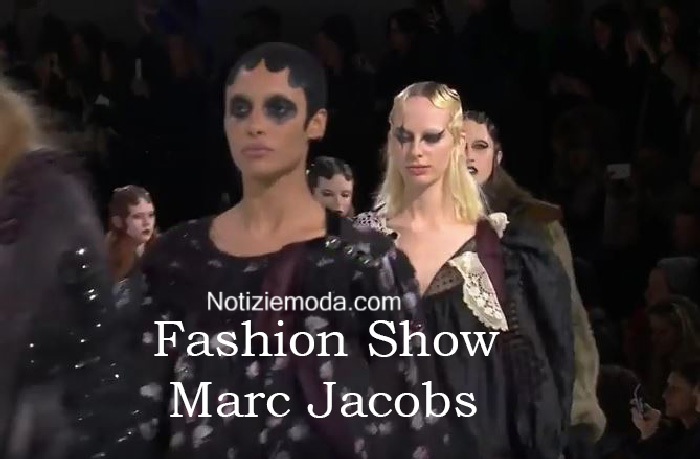 Sfilata Marc Jacobs autunno inverno 2016 2017 donna