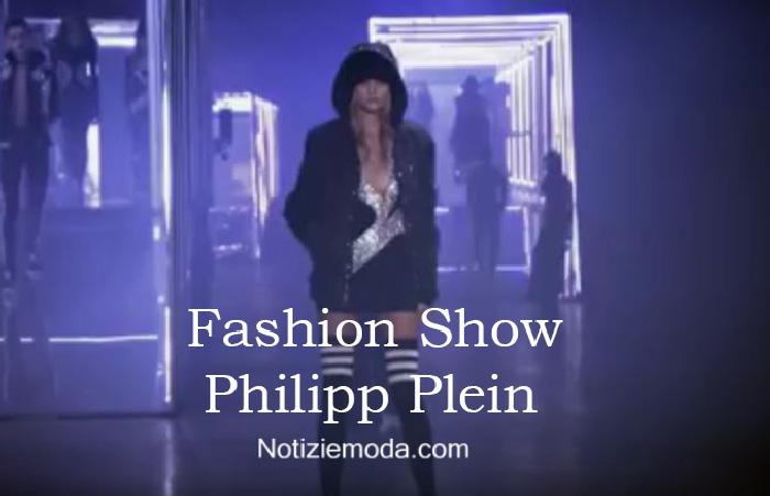 Sfilata Philipp Plein autunno inverno 2016 2017 donna