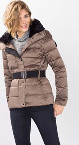 Piumini Esprit Autunno Inverno 2016 2017 Donna Look 1