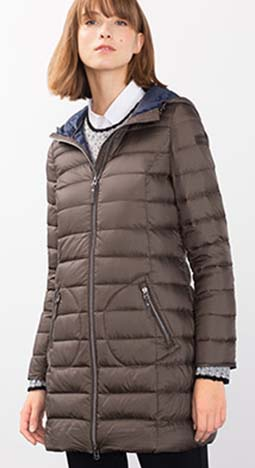 Piumini Esprit Autunno Inverno 2016 2017 Donna Look 3