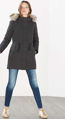 Piumini Esprit Autunno Inverno 2016 2017 Donna Look 47