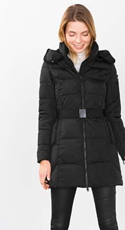 Piumini Esprit Autunno Inverno 2016 2017 Donna Look 53