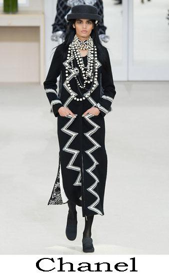 Collezione Chanel Autunno Inverno 2016 2017 Donna 16