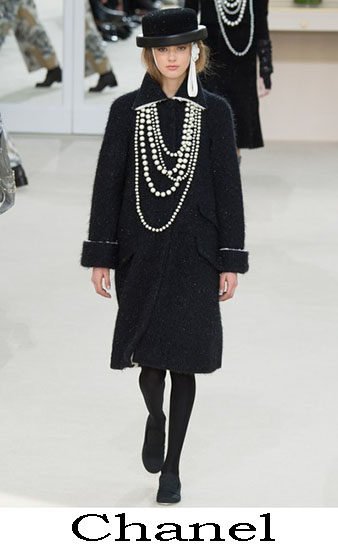 Collezione Chanel Autunno Inverno 2016 2017 Donna 34