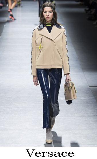 Collezione Versace Autunno Inverno 2016 2017 Donna 32