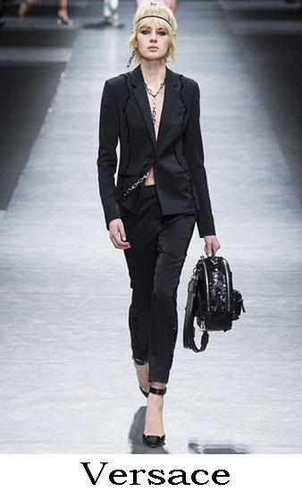 Collezione Versace Autunno Inverno 2016 2017 Donna 57