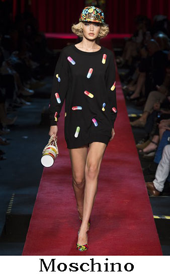 Moschino Primavera Estate 2017 Collezione Donna Look 34