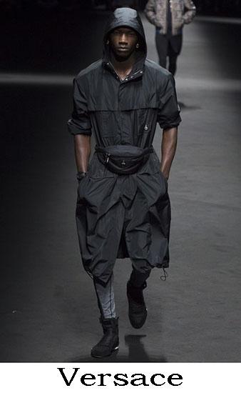 Versace Primavera Estate 2017 Abbigliamento Uomo 32