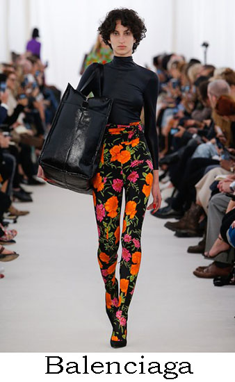 Notizie Moda Balenciaga Primavera Estate 2017