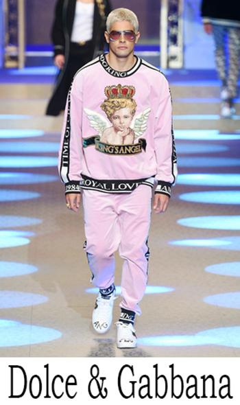 Abbigliamento Dolce Gabbana Catalogo 2018 2019
