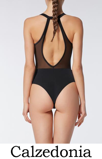 Women's Donna Mizani Beachwear Donna Mizani is the namesake collection created by the designer in Recognised for her signature style that brings together the latest trends with a contemporary design vision, Donna Mizani serves up a range of pieces from dresses to swimsuits.