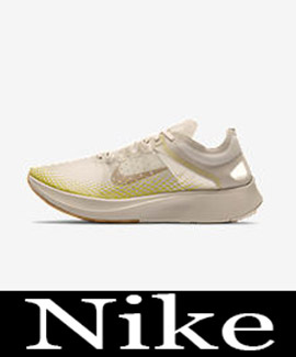 Sneakers Nike Autunno Inverno 2018 2019 Donna Look 16