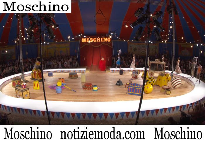Sfilata Moschino 2019 Moda Donna