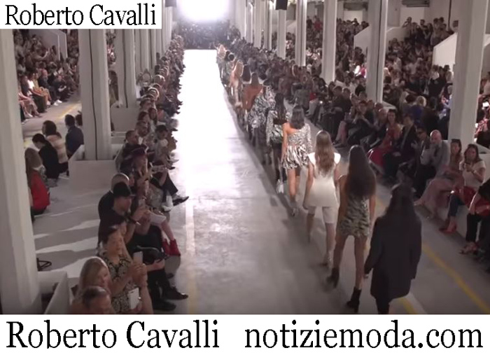 Sfilata Roberto Cavalli 2019 Moda Donna